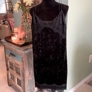 Guess Cruched Velvet and Lace Mini Dress